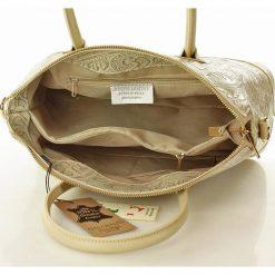 Torebka włoska kuferek aktówka ze skóry naturalnej - LUCY beżowa. Brązowe aktówki damskie MAZZINI, w paski, ze skóry, z tłoczeniem. Za 279,00 zł.