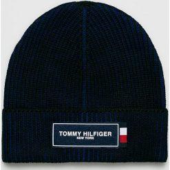 Tommy Hilfiger - Czapka. Czarne czapki zimowe męskie TOMMY HILFIGER, z dzianiny. Za 199,90 zł.
