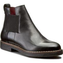 Botki NESSI - 862/N Czarny 14. Czarne buty zimowe damskie marki Nessi, z materiału, na obcasie. W wyprzedaży za 229,00 zł.
