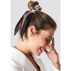 Szaliki damskie: NA-KD Accessories Szalik Leo Print Hair - Brown