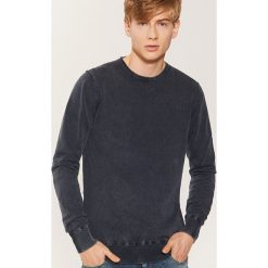 Sweter - Granatowy. Szare swetry klasyczne męskie marki Reserved, l, w paski, z klasycznym kołnierzykiem. Za 89,99 zł.