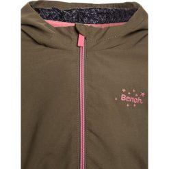 Bench Parka mid khaki. Brązowe kurtki dziewczęce Bench, z materiału. W wyprzedaży za 269,10 zł.