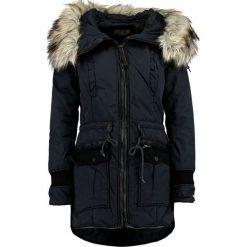 Khujo RETROBUGS Płaszcz zimowy navy. Czerwone płaszcze damskie zimowe marki Cropp, l. W wyprzedaży za 395,45 zł.