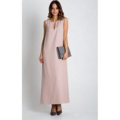 Beżowa sukienka maxi bez rękawów BIALCON. Brązowe długie sukienki marki Mohito, l, z kopertowym dekoltem, kopertowe. W wyprzedaży za 172,00 zł.