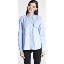 Bielizna damska: Jeansowa Klasyczna Koszula z Kieszeniami z Patką