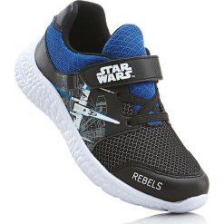 Sneakersy Star Wars bonprix czarno-niebieski. Czarne buty sportowe chłopięce marki bonprix, z motywem z bajki, na sznurówki. Za 79,99 zł.