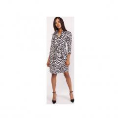 Sukienka z delikatną stójką, SUK153 panterka. Szare sukienki z falbanami marki Lanti, na jesień, z motywem zwierzęcym, z tkaniny, ze stójką. Za 179,00 zł.