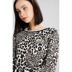 Bluzy rozpinane damskie: Karen Millen RELAXED FIT LEOPARD PRINT Bluza beige