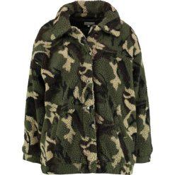Płaszcze damskie pastelowe: TWINTIP TEDDY WINTER Krótki płaszcz Camouflage
