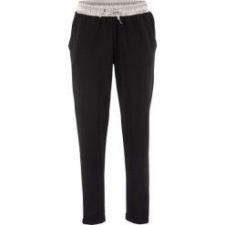 Spodnie dresowe damskie: Spodnie dresowe z satynową wstawką, z kolekcji Maite Kelly bonprix czarny