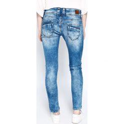 Pepe Jeans - Jeansy Whistle. Niebieskie jeansy damskie Pepe Jeans, z bawełny. W wyprzedaży za 269,90 zł.