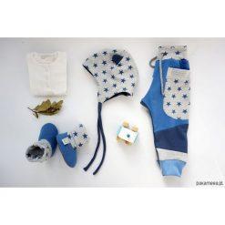 BABY SHOWER SET gwiazdy -spodnie czapka bambosze. Szare spodnie dresowe dziewczęce Pakamera, z dresówki. Za 175,00 zł.