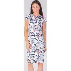 Sukienki balowe: Elegancka sukienka w kwiaty QUIOSQUE
