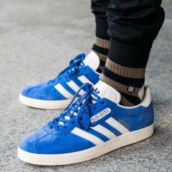 """Buty adidas Gazelle Super """"Blue"""" (BB5241). Niebieskie buty skate męskie Adidas, z materiału, Adidas Gazelle. Za 169,99 zł."""