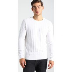 Swetry męskie: Calvin Klein SLOAN CREW NECK Sweter white