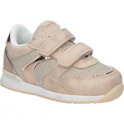 Różowe buty sportowe na rzepy American K17381. Czerwone buciki niemowlęce American, na rzepy. Za 69,99 zł.