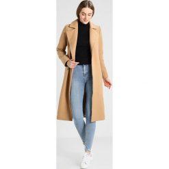 New Look Tall VANESSA CATSCRATCH Jeans Skinny Fit pale blue. Niebieskie rurki damskie New Look Tall. Za 139,00 zł.