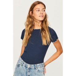 T-shirt z pofalowaną lamówką - Granatowy. Niebieskie t-shirty damskie Reserved, l. Za 39,99 zł.
