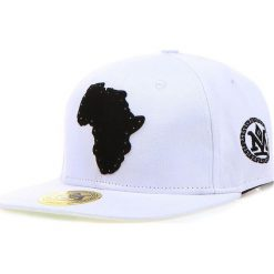 Czapka męska snapback biała (hx0205). Białe czapki z daszkiem męskie marki Dstreet, z aplikacjami, eleganckie. Za 69,99 zł.