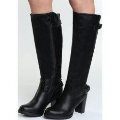 Czarne Kozaki Soloist. Czarne buty zimowe damskie marki Born2be, przed kolano, na wysokim obcasie, na słupku. Za 104,99 zł.