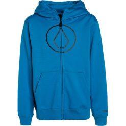 Volcom GROHMAN Kurtka sportowa blue. Niebieskie kurtki chłopięce sportowe marki bonprix, z kapturem. W wyprzedaży za 149,25 zł.