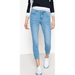 Dżinsy, fason skinny, standardowa wysokość stanu. Szare jeansy damskie marki ONLY, s, z bawełny, z okrągłym kołnierzem. Za 141,08 zł.