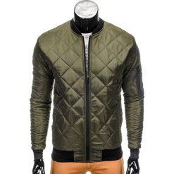 KURTKA MĘSKA PRZEJŚCIOWA BOMBERKA C327 - KHAKI. Zielone kurtki męskie bomber marki Ombre Clothing, na zimę, m, z bawełny, z kapturem. Za 89,00 zł.