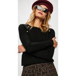 Answear - Sweter. Brązowe swetry klasyczne damskie ANSWEAR, l, z dzianiny, z dekoltem w łódkę. W wyprzedaży za 99,90 zł.