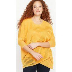 Swetry damskie: Sweter asymetryczny