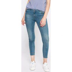 Review - Jeansy. Szare jeansy damskie marki Review, z bawełny. W wyprzedaży za 69,90 zł.