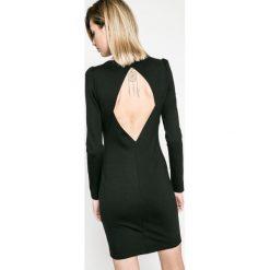 Answear - Sukienka Twilight. Szare długie sukienki marki ANSWEAR, l, z elastanu, eleganckie, z okrągłym kołnierzem, z długim rękawem, dopasowane. W wyprzedaży za 69,90 zł.