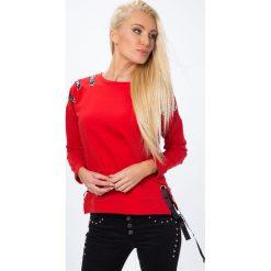 Bluzy rozpinane damskie: Bluza z ozdobnymi tasiemkami czerwona 1428