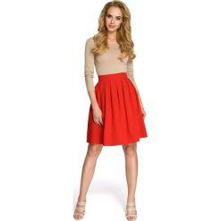 PIPER Spódnica w kontrafałdy - czerwona. Czerwone spódnice wieczorowe Moe, w paski, wyszczuplające. Za 99,00 zł.