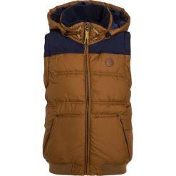 Timberland MIT ABNEHMBAREN ÄRMELN 2IN1 Kurtka zimowa braun. Brązowe kurtki chłopięce zimowe marki Timberland, z materiału. W wyprzedaży za 503,20 zł.