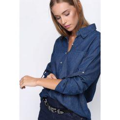 Ciemnoniebieska Koszula Fifth Avenue. Niebieskie koszule damskie marki Born2be. Za 69,99 zł.