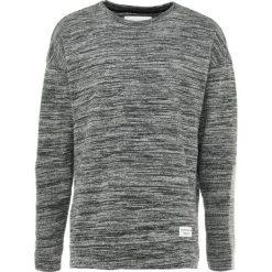 Swetry klasyczne męskie: Björn Borg BREEZE CREWNECK Sweter black melange