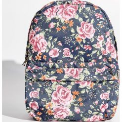 Plecaki damskie: Plecak w kwiaty - Wielobarwn