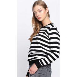 Czarno-Biały Sweter Lean On Me. Szare swetry klasyczne damskie marki Mohito, l. Za 49,99 zł.