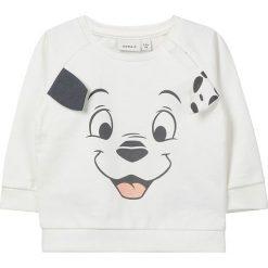 """Bluza """"101D"""" w kolorze białym. Białe bluzy niemowlęce name it girls, z aplikacjami, z bawełny. W wyprzedaży za 42,95 zł."""