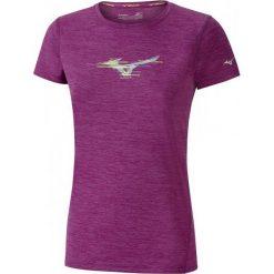 Mizuno Koszulka Imp Core Graphic Tee Clover Mel S. Fioletowe bluzki sportowe damskie marki Mizuno, s, z krótkim rękawem. W wyprzedaży za 99,00 zł.