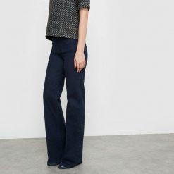 Rozszerzane dżinsy z wysokim stanem. Szare jeansy damskie marki La Redoute Collections, m, z bawełny, z kapturem. Za 109,20 zł.