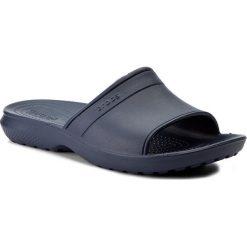 Klapki CROCS - Classic Slide 204067 Navy. Niebieskie klapki męskie marki Crocs, z tworzywa sztucznego. Za 89,00 zł.