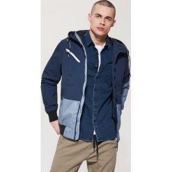 Kurtki męskie: Ocieplana kurtka z wielobarwnymi panelami – Granatowy