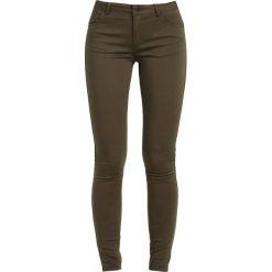 2ndOne NICOLE Jeans Skinny Fit artillery green. Zielone jeansy damskie marki 2ndOne, z bawełny. W wyprzedaży za 161,85 zł.