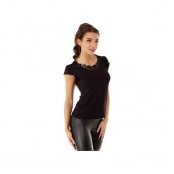 Bluzka Ines z wstawką na dekolcie czarna ED016-2. Czarne bluzki wizytowe Ella dora, s, z dzianiny, eleganckie, z falbankami. Za 139,00 zł.