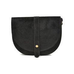 Torebka w kolorze czarnym - (S)22 x (W)18,5 x (G)6 cm. Czarne torebki klasyczne damskie Bestsellers bags, w paski, z materiału. W wyprzedaży za 199,95 zł.