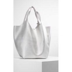 Glamorous Torba na zakupy silver. Różowe shopper bag damskie marki Glamorous, z nadrukiem, z asymetrycznym kołnierzem, asymetryczne. Za 209,00 zł.
