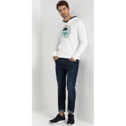 GANT OP1. BASTAD HOODIE Bluza z kapturem eggshell. Białe bluzy męskie rozpinane GANT, l, z bawełny, z kapturem. Za 509,00 zł.