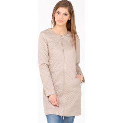 Płaszcze damskie: Pikowany, pastelowy płaszcz