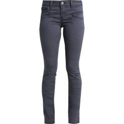 Freeman T. Porter ALEXA  Jeansy Slim Fit grey. Niebieskie jeansy damskie marki Freeman T. Porter. Za 369,00 zł.